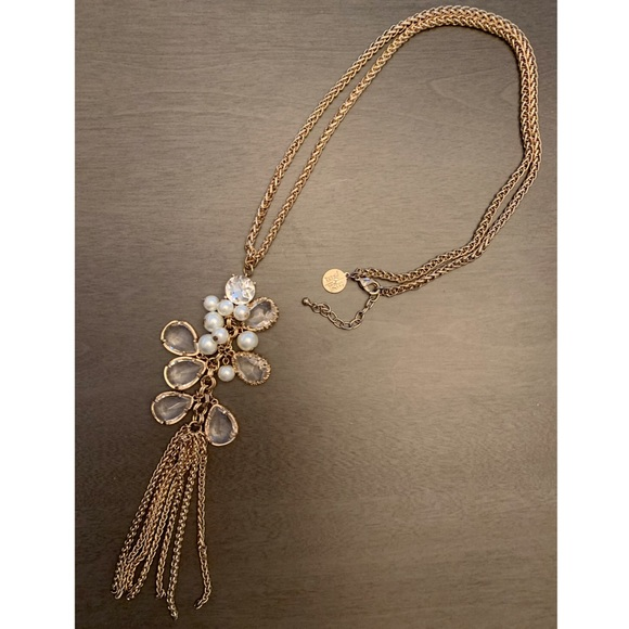 White House Black Market Jewelry - WHBM Pearl & Crystal Gold Tone Necklace